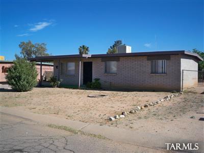 6510 S Iberia Cir, Tucson, AZ 85757