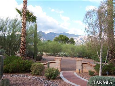 2420 E Camino Miraval, Tucson AZ 85718
