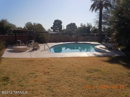 333 S Alvernon WAY, Tucson AZ 85711
