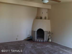 7042 E Calle Ileo, Tucson AZ 85710