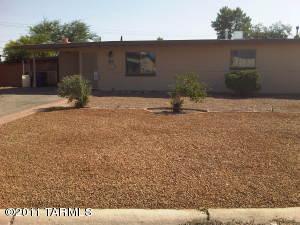 7042 E Calle Ileo, Tucson, AZ