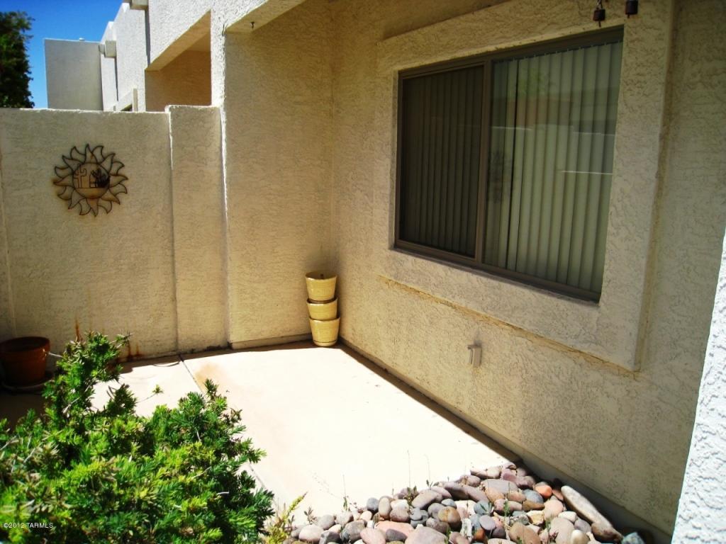 6147 W Red Sky CIR, Tucson AZ 85713