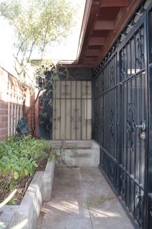 1053 N Via Verano, Tucson AZ 85710