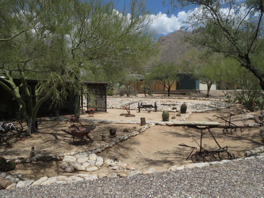 211 E Mountain Sunset Place, Tucson, AZ 85704