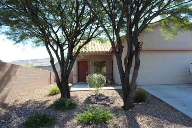8320 N Rocky View LN, Tucson, AZ 85743