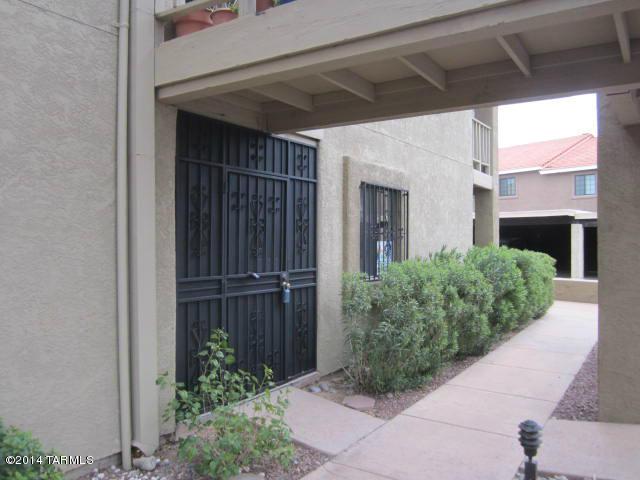 8255 N Oracle Rd #APT 111, Tucson AZ 85704