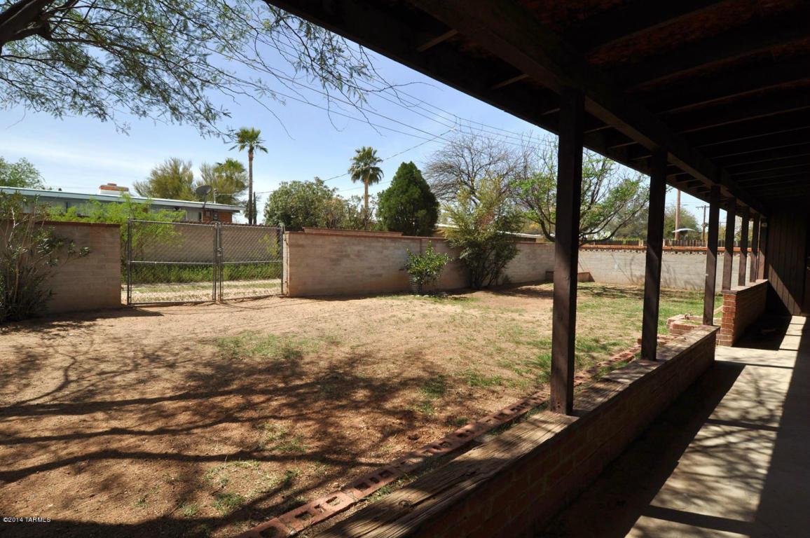 7510 E 33rd ST, Tucson AZ 85710