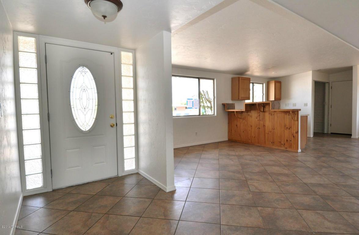 7510 E 33rd ST Tucson, AZ 85710