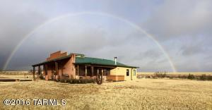 307 Vaughn Loop Rd, Elgin, AZ
