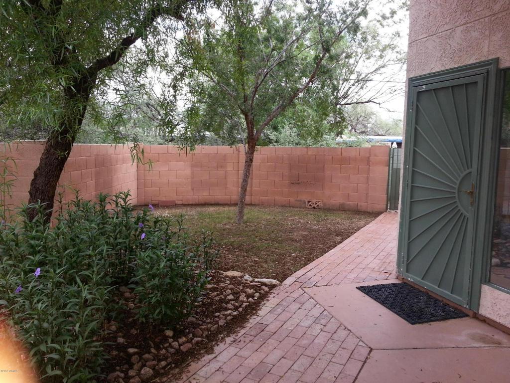 8081 E Calle De Camacho, Tucson, AZ