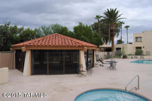 5194 N Avenida Primera Tucson, AZ 85704
