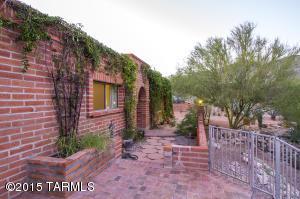 5901 N Camino Hombre De Oro, Tucson, AZ