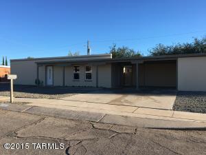 7952 E 2nd St, Tucson, AZ