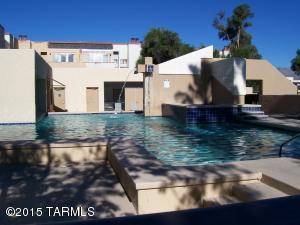 7605 Callisto Cir #APT 19, Tucson, AZ