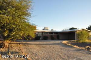 6858 E New Hampshire Dr, Tucson, AZ