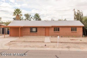 6726 E Koralee St, Tucson, AZ
