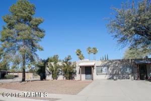 6911 E Tobin Pl, Tucson, AZ