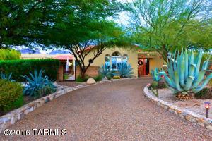 5621 N Mina Vis, Tucson, AZ