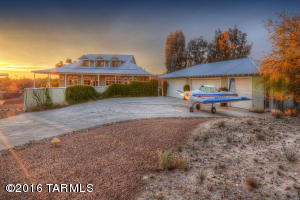 1901 W Cessna Way, Tucson, AZ