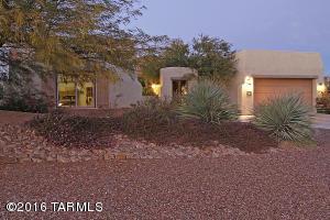 696 W Burntwater Dr, Tucson, AZ