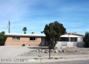 8821 E 29th St, Tucson AZ 85710