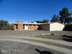 6933 E Douglas St, Tucson AZ 85710