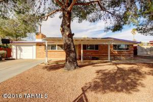 6951 E Hayne Pl, Tucson AZ 85710