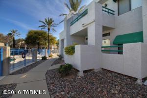 7921 E Colette Cir #APT 73, Tucson AZ 85710