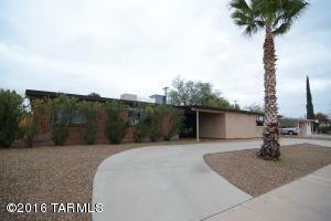 7441 E Calle Marques, Tucson AZ 85710