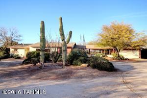 9207 E Magdalena Rd, Tucson AZ 85710
