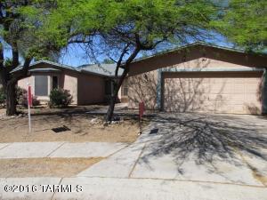 7815 S Caesar Dr, Tucson, AZ