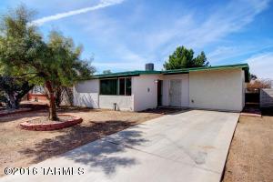 6960 E Vernice St, Tucson, AZ