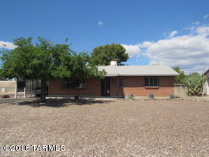 6701 E Scarlett St, Tucson, AZ