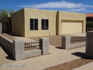 9145 E Calle Diego, Tucson AZ 85710