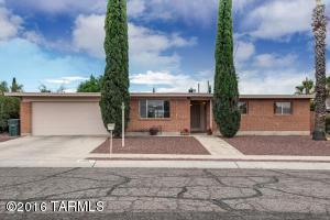 9008 E Kirkpatrick Cir, Tucson AZ 85710
