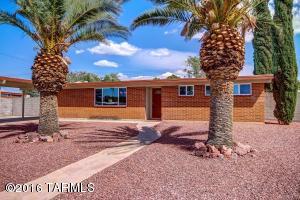 7334 E Eastview Dr, Tucson AZ 85710