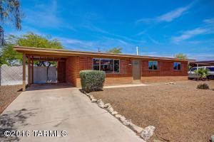 7909 E Beverly St, Tucson AZ 85710