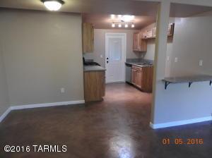 2215 S Plumer Ave, Tucson, AZ