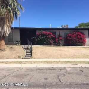 9551 E Myra Dr, Tucson, AZ