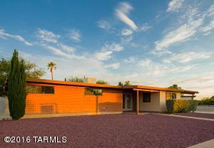 7430 E Calle Cuernavaca Pl, Tucson AZ 85710