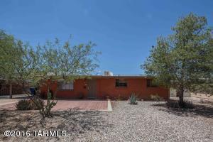 1702 S Avenida Ursa, Tucson AZ 85710