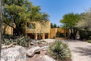 6480 N Miramist Way, Tucson, AZ