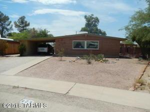 429 N Kingston Ct Tucson, AZ 85710