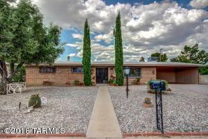 7423 E Calle Madero, Tucson, AZ 85710