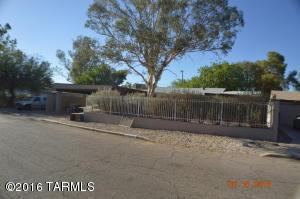 Loans near  E Arroyo Chico, Tucson AZ