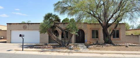 9222 E Roberto StTucson, AZ 85710