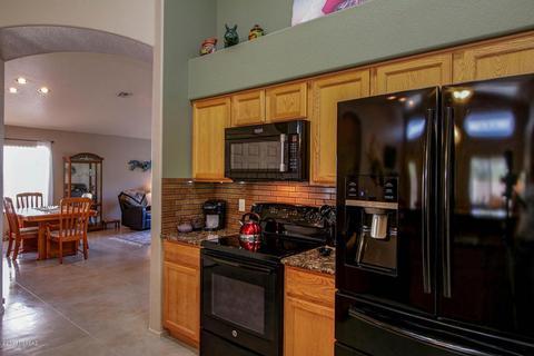 11441 N Scioto Ave, Oro Valley, AZ (41 Photos) MLS# 21813009 - Movoto
