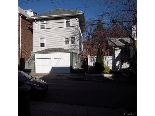 121 E 238th St, Bronx NY 10470