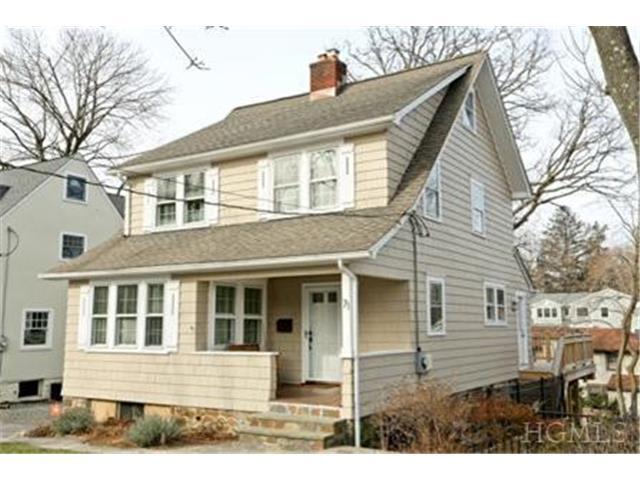 71 W Hickory Grove Dr, Larchmont NY 10538