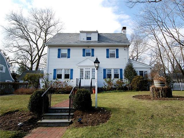 7 Hawthorne Rd, Larchmont NY 10538